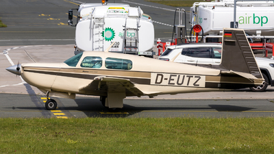 D-EUTZ - Mooney M20K 252 - Private