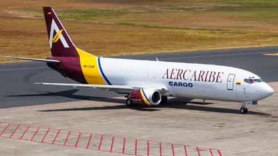 A picture of HK5139 - Boeing 737476(SF) - AerCaribe - © Jussef_04
