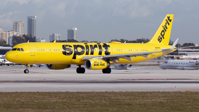 A picture of N659NK - Airbus A321231 - Spirit Airlines - © PAUL LINK