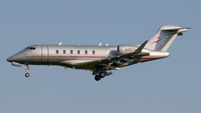 N353VJ - Bombardier BD-100-1A10 Challenger 350 - VistaJet