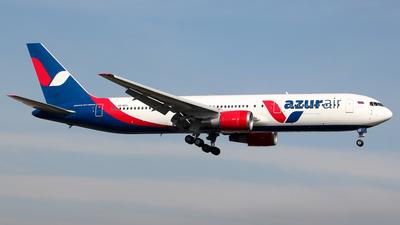 VQ-BSX - Boeing 767-306(ER) - Azur Air