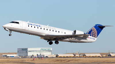 A picture of N971SW - Mitsubishi CRJ200LR - United Airlines - © HA-KLS