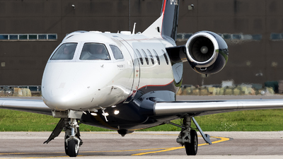 D-CSCE - Embraer 505 Phenom 300 - Luxaviation