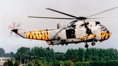 XV712 - Westland Sea King HAS.6 - United Kingdom - Royal Navy