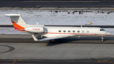 HL8200 - Gulfstream G550 - Private
