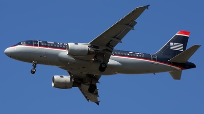 N762US - Airbus A319-112 - US Airways