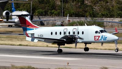 A picture of PJEZA - Beech 1900D - EZ Air - © William Vignes