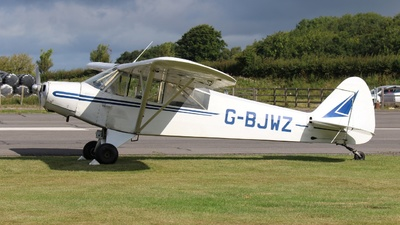 G-BJWZ - Piper L-18C Super Cub - Private