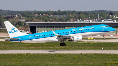A picture of PHEZB - Embraer E190STD - KLM - © Steffen Müller