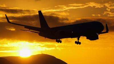 G-OBYG - Boeing 767-304(ER) - Thomson Airways