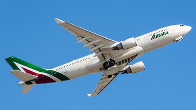 EI-DIP - Airbus A330-202 - Alitalia