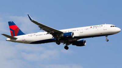A picture of N314DN - Airbus A321211 - Delta Air Lines - © Alec Mollenhauer
