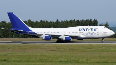 N194UA - Boeing 747-422 - United Charter