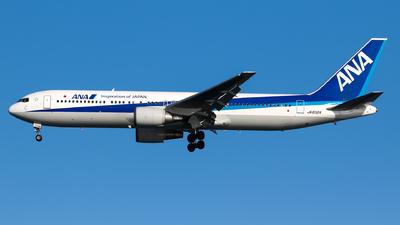 A picture of JA8324 - Boeing 767381 - [25655] - © Epsilon sc7