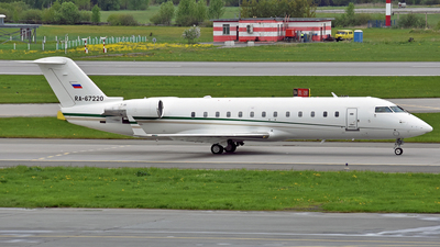 RA-67220 - Bombardier CL-600-2B19 Challenger 850 - Private
