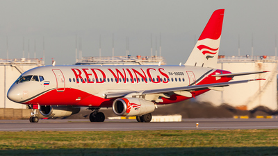 RA-89008 - Sukhoi Superjet 100-95B - Red Wings