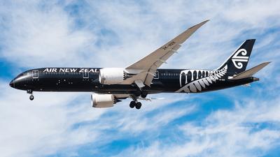 ZK-NZE - Boeing 787-9 Dreamliner - Air New Zealand