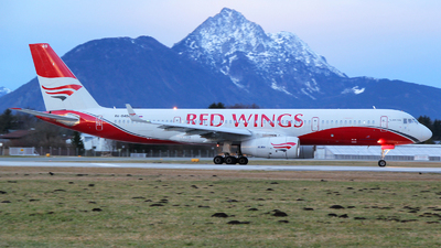 RA-64049 - Tupolev Tu-204-100 - Red Wings
