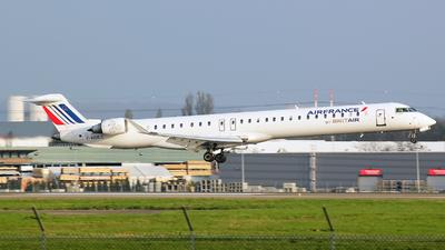 F-HMLC - Bombardier CRJ-1000EL - Air France (Brit Air)