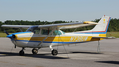 N738UW - Cessna 172N Skyhawk - Private