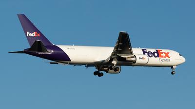 A picture of N172FE - Boeing 7673S2F(ER) - FedEx - © Aditya Saligrama