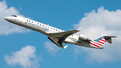 A picture of N537EA - Mitsubishi CRJ702ER - American Airlines - © Yan777