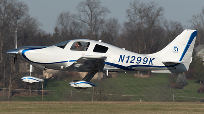 A picture of N1299K - Cessna 400 Corvalis TT - [411062] - © Connor Ochs