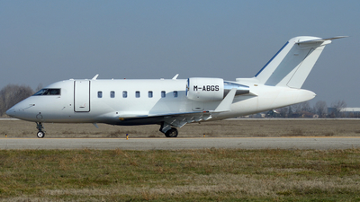M-ABGS - Bombardier CL-600-2B16 Challenger 605 - Private