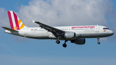 A picture of DAIQM - Airbus A320211 - [0268] - © EFS.PAN