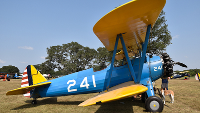 N62577 - Boeing A75N1 Stearman - Private