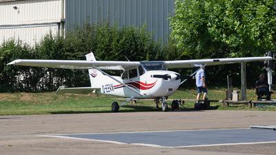 D-EEKN - Cessna 172S Skyhawk SP - Private