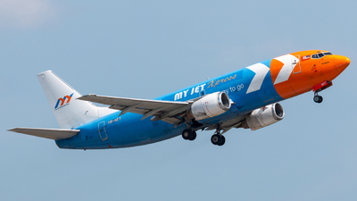 A picture of 9MNET - Boeing 7373Z0(SF) -  - © Jonathan Chua