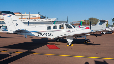 ZS-NAU - Beechcraft 58 Baron - Private