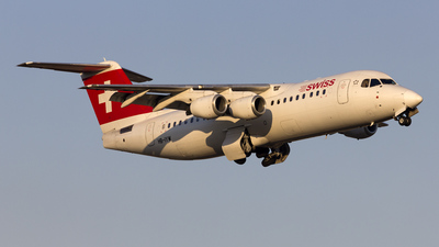 HB-IYW - British Aerospace Avro RJ100 - Swiss