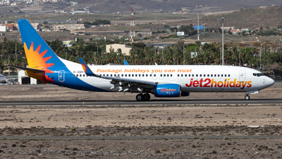 A picture of GJZBH - Boeing 7378MG - Jet2 - © Jan H