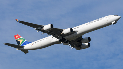 ZS-SNF - Airbus A340-642 - South African Airways