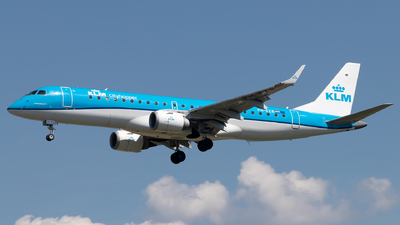 A picture of PHEZR - Embraer E190STD - KLM - © Eric Verplanken