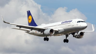 A picture of DAIUP - Airbus A320214 - Lufthansa - © Markus Buttinger