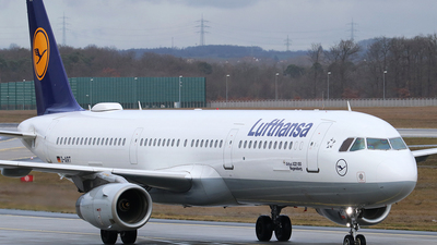 A picture of DAIRT - Airbus A321131 - Lufthansa - © Ferenc Kolos