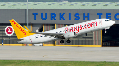 A picture of TCAZP - Boeing 73782R - Pegasus Airlines - © Alp AKBOSTANCI