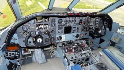 XV106 - Vickers VC-10 C.1K - United Kingdom - Royal Air Force (RAF)