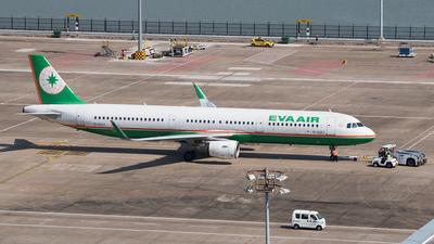 A picture of B16213 - Airbus A321211 - EVA Air - © TCJJN