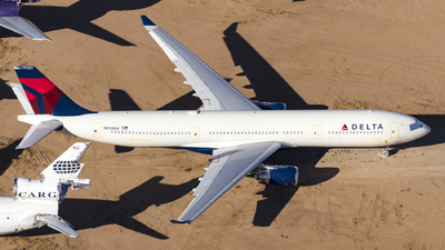 A picture of N830NW - Airbus A330302 - Delta Air Lines - © David Lee