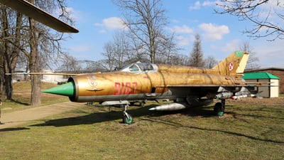 9107 - Mikoyan-Gurevich MiG-21MF Fishbed J - Poland - Air Force