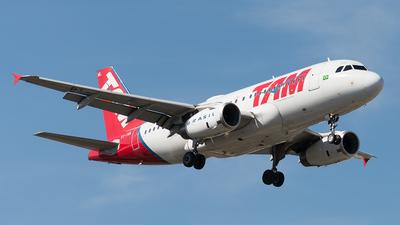 PT-TML - Airbus A319-132 - TAM Linhas Aéreas