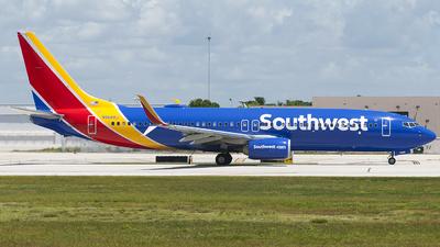 N8688J - Boeing 737-8H4 - Southwest Airlines