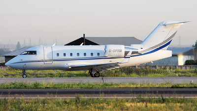 G-OPRM - Bombardier CL-600-2B16 Challenger 604 - Private