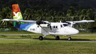 A picture of S7BRD - Viking DHC6400 Twin Otter - Air Seychelles - © Martin Rogosz