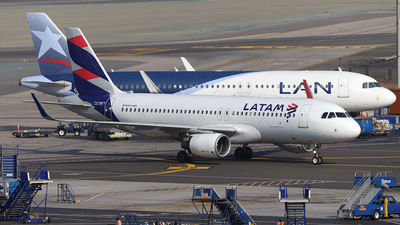 CC-BFT - Airbus A320-214 - LATAM Airlines