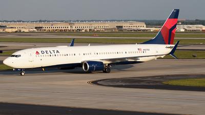 N927DZ - Boeing 737-932ER - Delta Air Lines
